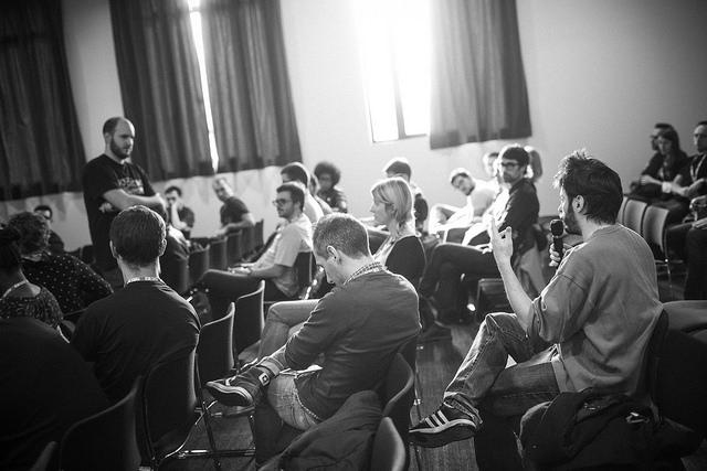 Question pendant une informelle pendant les conférences Paris Web 2014